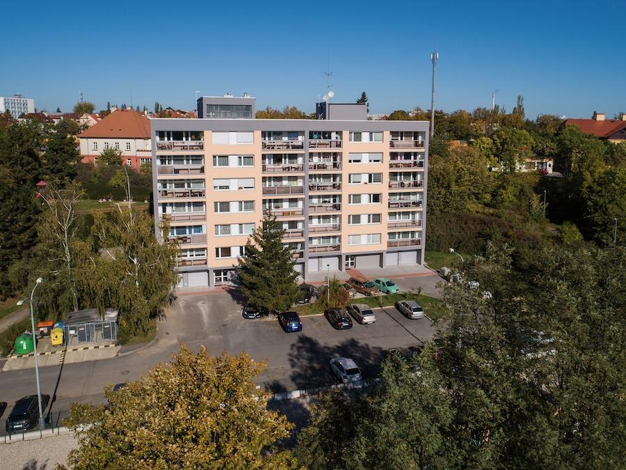 Prodej investičního bytu 2+kk v Hostivaři - realitní makléř Michal Souček QARA