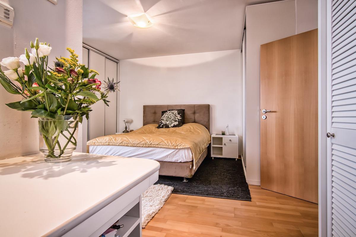 NA PRODEJ - Skvělý byt se zahradou a balkonem v Praze 6