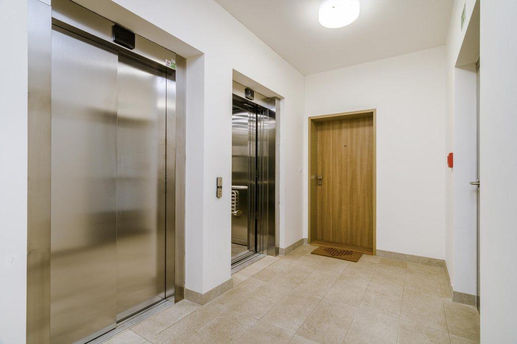 Střešní byt na prodej - Michal Souček QARA